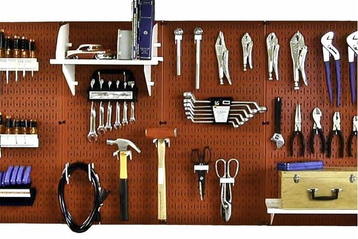 Panel de herramientas de taller mecánico